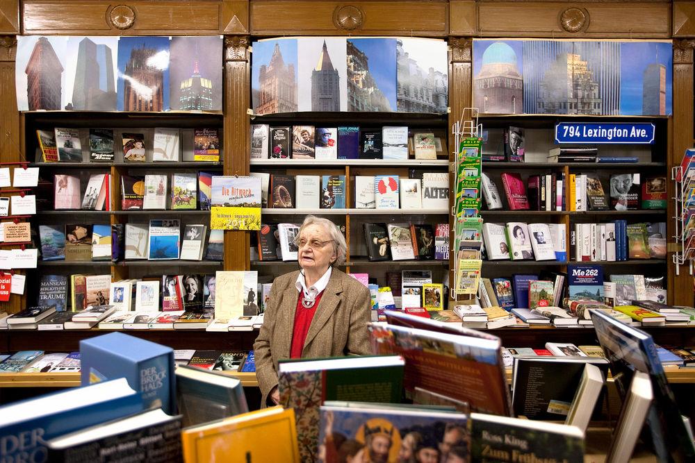 Un omaggio alla libraia Helga Weyhe